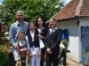 Амбасадорка Мери Ворлик са децом у Терзића авлији